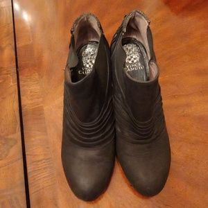 Black Vince Camuto Booties sz 8